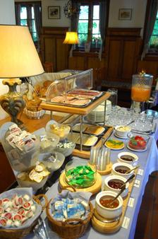 Landhotel Martinshof - Μόναχο - Φαγητό