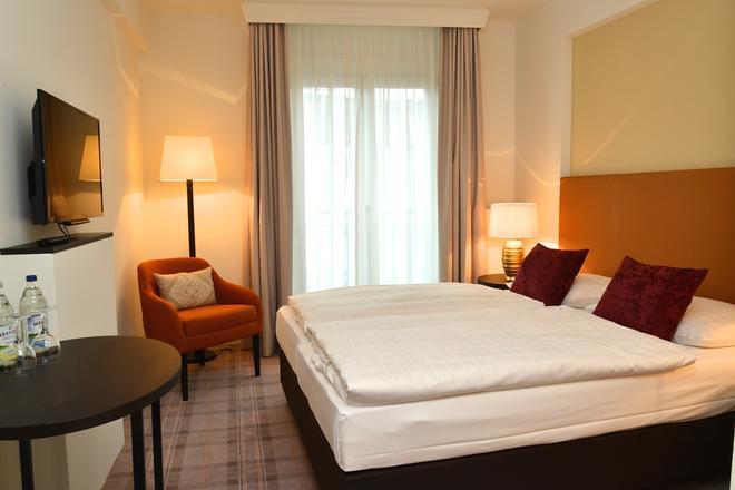 Classik Hotel Hackescher Markt - Berliini - Makuuhuone