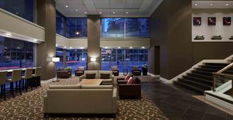 Delta Hotels by Marriott Montreal - Montreal - Lobby