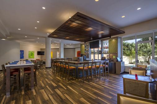 Holiday Inn Palm Beach Airport Hotel and Conference Center - Bãi biển West Palm - Bar