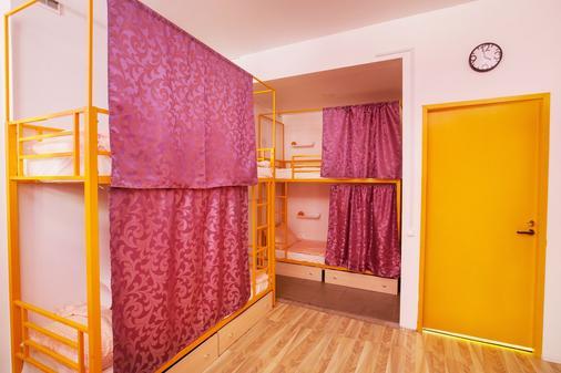 Hostel Like on Neva - Saint Petersburg - Bedroom