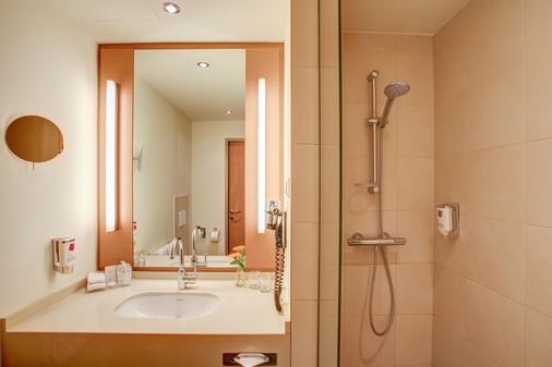 維也納四邊套房酒店 - 維也納 - 維也納 - 浴室