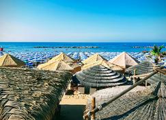 Hotel Mistral - Termoli - Beach