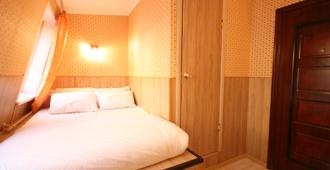 Art Galaktika Hotel - Moscow - Bedroom