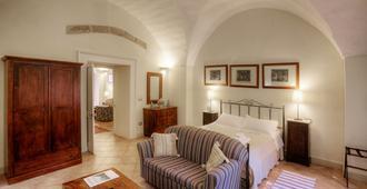 Palazzo Bernardini - Лечче - Спальня
