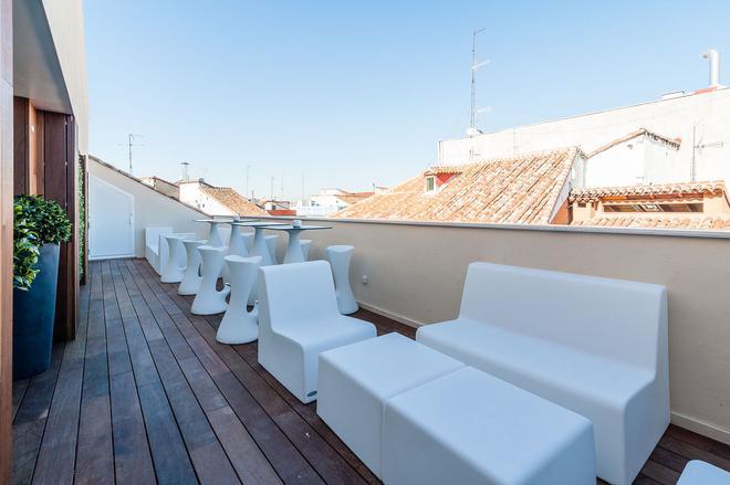 B&B Hotel Madrid Centro Fuencarral 52 - Madrid - Balkon