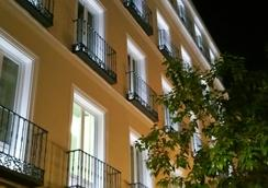 B&B Hotel Madrid Centro Fuencarral 52 - Madrid - Outdoor view