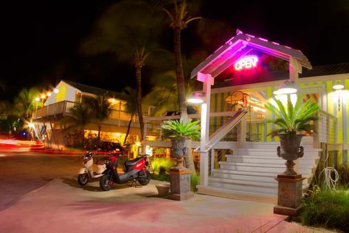 宜必思海灣海灘度假村 - 西嶼 - 基韋斯特 - 建築