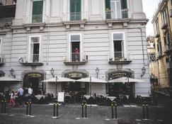 B&B Le 4 Stagioni Dante's Suites - Nápoles - Edificio