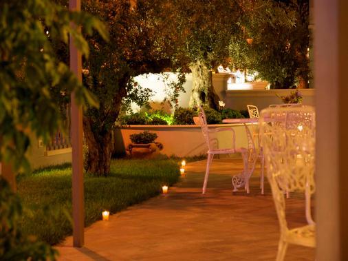 Hotel Sovrana & Re Aqva Spa - Rimini - Patio
