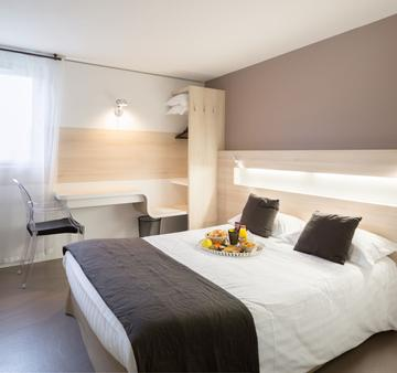 Hôtel Restaurant l'Eskemm - Tregueux - Bedroom