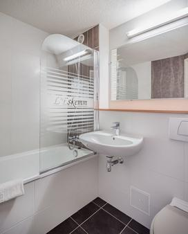 Hôtel Restaurant l'Eskemm - Tregueux - Bathroom