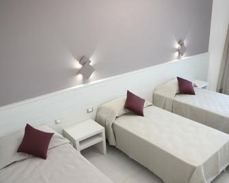 Alfema Rooms - Torre San Giovanni - Schlafzimmer
