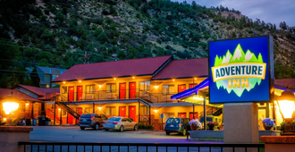 Adventure Inn Durango - Durango - Building