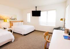 Stiles Hotel By Clevelander - Miami Beach - Bedroom