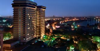 Hilton Colombo - Colombo - Building