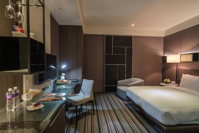 Westgate Hotel - Taipei - Yatak Odası