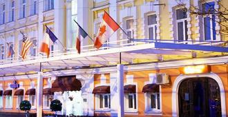 Hotel Mandarin Moscow - Moscú - Edificio