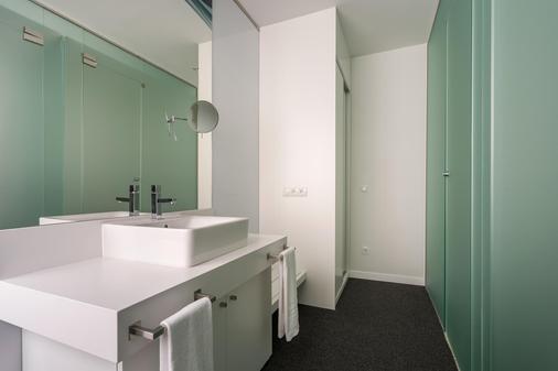 Room Mate Oscar - Madrid - Bathroom