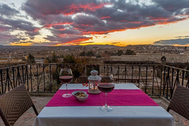 The Cappadocia Hotel - Urgup - Näkymät ulkona
