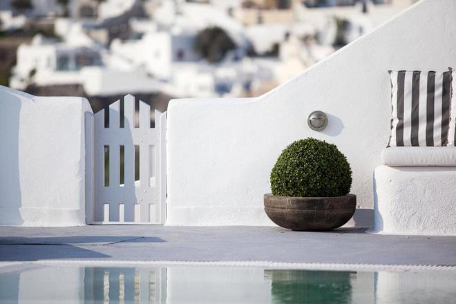 Belvedere Suites - Firostefani - Pool