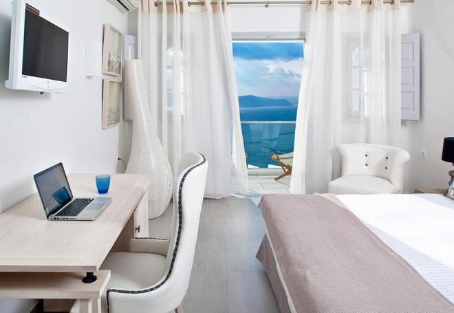 麗城套房 - 聖托里尼 - 菲羅斯特法尼 - 臥室