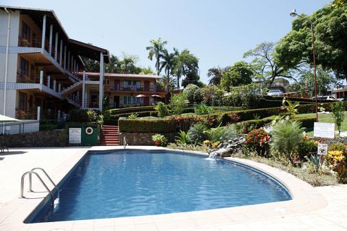 Hotel Divisamar - Manuel Antonio - Rakennus