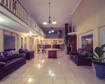 Hotel Bravo - Тепік - Lobby