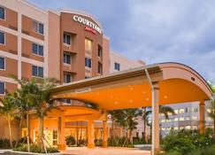 Courtyard by Marriott Miami West/FL Turnpike - Doral - Κτίριο