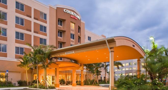 Courtyard by Marriott Miami West/FL Turnpike - Doral - Rakennus