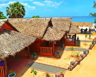 Yala Waves Beach Resort - Kirinda - Gebäude