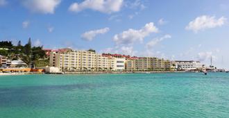 Simpson Bay Beach Resort And Marina - Simpson Bay