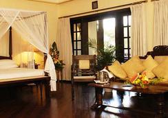 Safari Park Hotel And Casino - Nairobi - Phòng ngủ