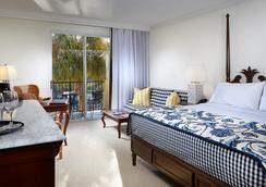 Inn at Pelican Bay - Naples - Bedroom