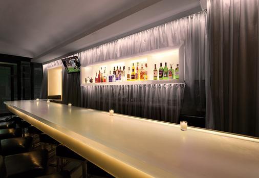 The Gallivant Times Square - Nova York - Bar