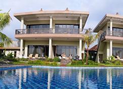 Ocean View Dive Resort Tulamben - Kubu - Rakennus