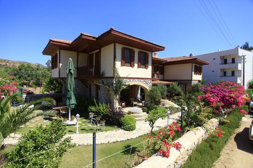 Datca Turk Evi Otel - Datça - Building