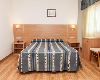Hotel Las Anclas - El Astillero - Bedroom