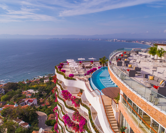 Grand Miramar All Luxury Suites And Residences - Puerto Vallarta - Building
