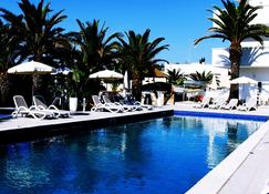 Bluebay Residence Resort - Tarente - Piscine