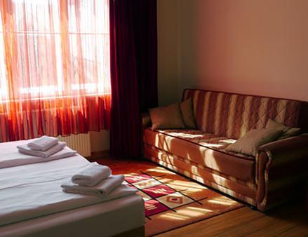 Hotel Astrid am Kurfürstendamm - Berlin - Schlafzimmer