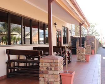Travel Lodge - Middelburg - Venkovní prostory