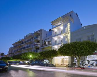 Coral Hotel - Ierapetra - Gebouw