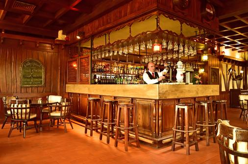 Pestana Carlton Madeira Ocean Resort Hotel - Funchal - Bar