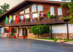 Bavarian Inn Black Hills - Custer - Rakennus