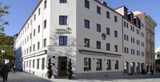Hotel Blauer Bock - Munich - Toà nhà