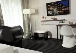Le Grand Hotel Grenoble Centre - Grenoble - Makuuhuone