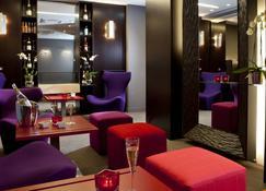 Le Grand Hotel Grenoble Centre - Grenoble - Sala de estar