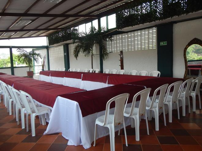 Hotel Boutique El Virrey - Honda - Meeting room
