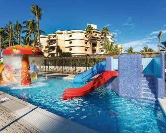 Riu Vallarta Hotel - Nuevo Vallarta - Pool